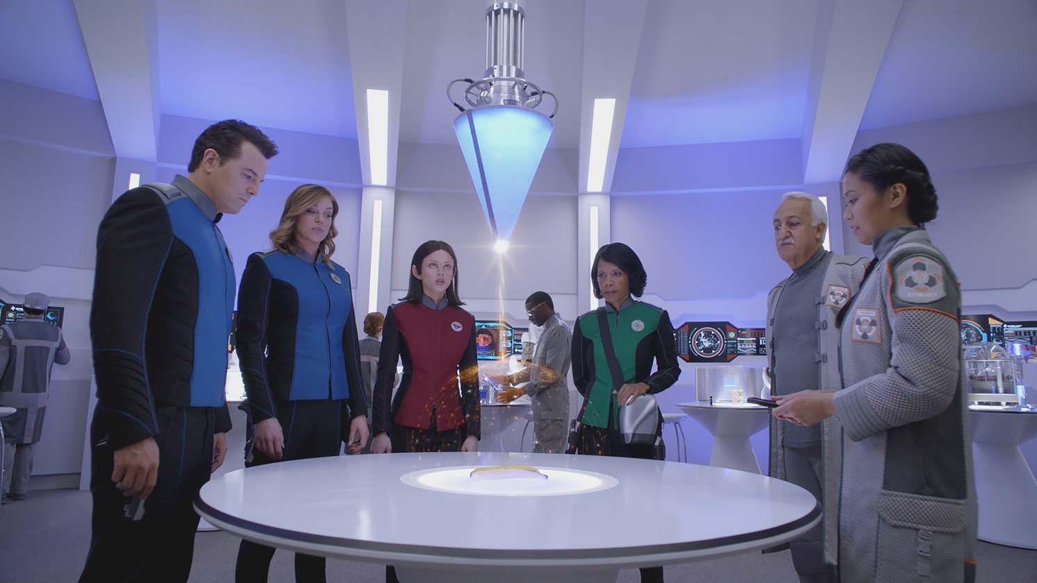 Seth MacFarlane nous montre son Star Trek comique — The Orville