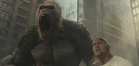 """""""Rampage : Hors de contrôle"""": Dwayne Johnson sous nanarstérone"""