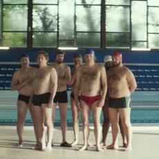 """""""Le Grand Bain"""" : On ne sait même pas comment titrer le nouveau film de Gilles Lellouche"""
