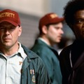 M Night Shyamalan va réaliser la suite de Incassable et de S... (chut) intitulé Glass, avec toujours Bruce Willis, Samuel L Jackson et le petit nouveau James M.....