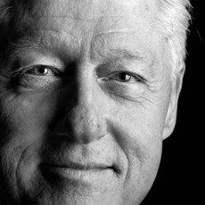 Bill Clinton va sortir son premier livre, le thriller 'The President is missing'