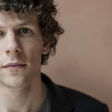 """Jesse Eisenberg incarnera le célèbre mime Marceau dans le film """"Resistance"""""""