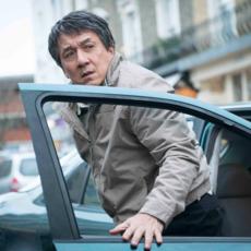 """""""The Foreigner"""" : Le réalisateur de """"Casino Royale"""" fait son retour avec Jackie Chan et Pierce Brosnan"""