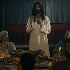 Jésus est dans le clip WTF du jour, et on dit merci à Pascal Obispo