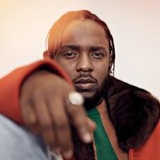 """Kendrick Lamar signe """"All the Stars"""" pour la BO de """"Black Panther"""""""