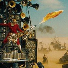 """Pourquoi dans """"Mad Max : Fury Road"""" on ne retient que le guitariste aveugle ?"""