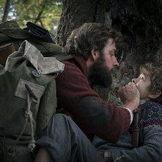 """John Krasinski et Emily Blunt font vœux de silence dans la bande-annonce flippante de """"Sans un bruit"""""""