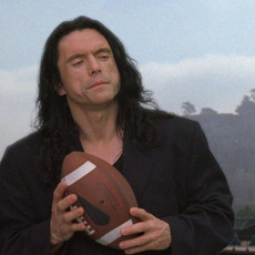 """Fucking Tommy Wiseau annonce son nouveau film """"Scary Love"""" !"""