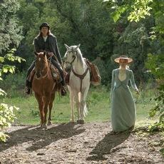 """Jessica Chastain à la recherche de Sitting Bull dans la bande-annonce de """"Woman Walks Ahead"""""""