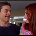 156  - Comme le nombre de prises nécessaires à Tobey Maguire pour parvenir à réceptionner à une main tout un repas projeté dans les airs dans Spider-Man