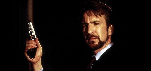 """toutes  - Comme la totalité des lignes de dialogue où Alan Rickman parle en allemand qui ne veulent rien dire dans """"Piège de cristal"""" de John McTiernan"""