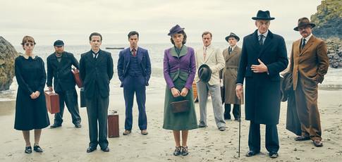 """5,5  - Comme l'audience moyenne de la mini-série """"Agatha Christie : Dix Petits Nègres"""" lors de sa diffusion en 2015 sur BBC One."""