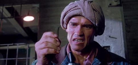 """1990 - Comme l'année de sortie de """"Total Recall"""" de Paul Verhoeven avec Arnold Schwarzenegger et Sharon Stone"""