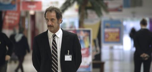 """1 - Comme le nombre d'acteur professionnel, à savoir Vincent Lindon, au casting de """"La loi du marché"""" de Stéphane Brizé"""