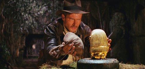 """1981 - Comme l'année de sortie de """"Indiana Jones et les Aventuriers de l'arche perdue"""" de Steven Spielberg avec Harrison Ford"""