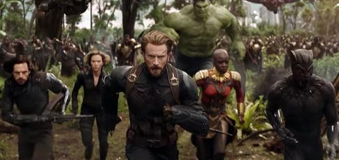"""230 - comme le nombre, en millions de vues, de la bande-annonce d'""""Avengers: Infinity War"""" en 24 heures."""