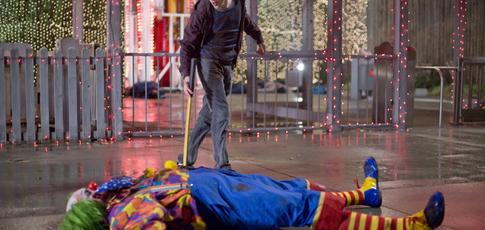"""2009 - Comme l'année de sortie de """"Bienvenue à Zombieland"""" avec Woody Harrelson, Jesse Eisenberg et Emma Stone"""