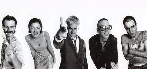 17  - Comme la place de la bande originale de Trainspotting au classement des meilleures bandes son du cinéma établi en 2011 par le magazine Entertainment Weekly