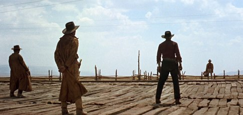 14 - Comme le nombre de minutes que dure le générique d'ouverture de  Once Upon a Time in the West (Il était une fois dans l'Ouest, 1968) réalisé par Sergio Leone